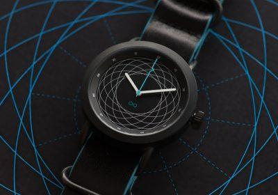"""Divided by Zero: os relógios """"low cost"""" inspirados na ciência e matemática"""