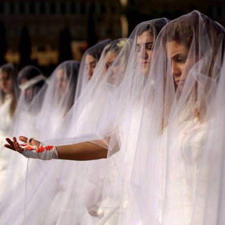 Casar com a vítima não dá prisão ao violador no Líbano: até quando?