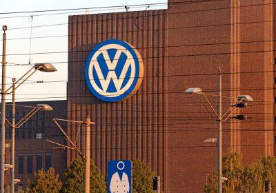 Volkswagen torna-se o maior fabricante de automóveis no mundo